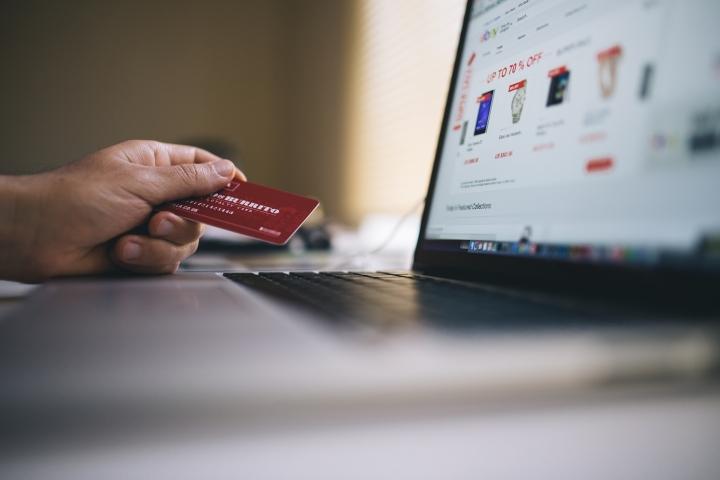 Group-IB предупреждает: в соцсетях активизировались банковские мошенники